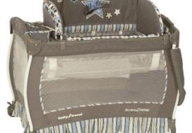 Детский манеж-кровать-колыбель Baby Trend «Звезды»