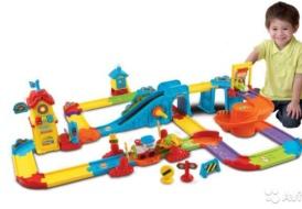 Большая железная дорога со станцией и поездом Go! Go!